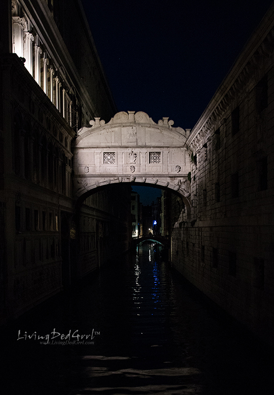 Bridge of Sighs at Night